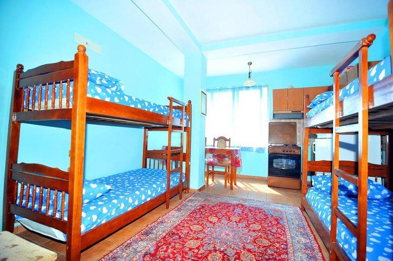 Pemaj Hostel - Room 4, location de vacances à Shkoder County