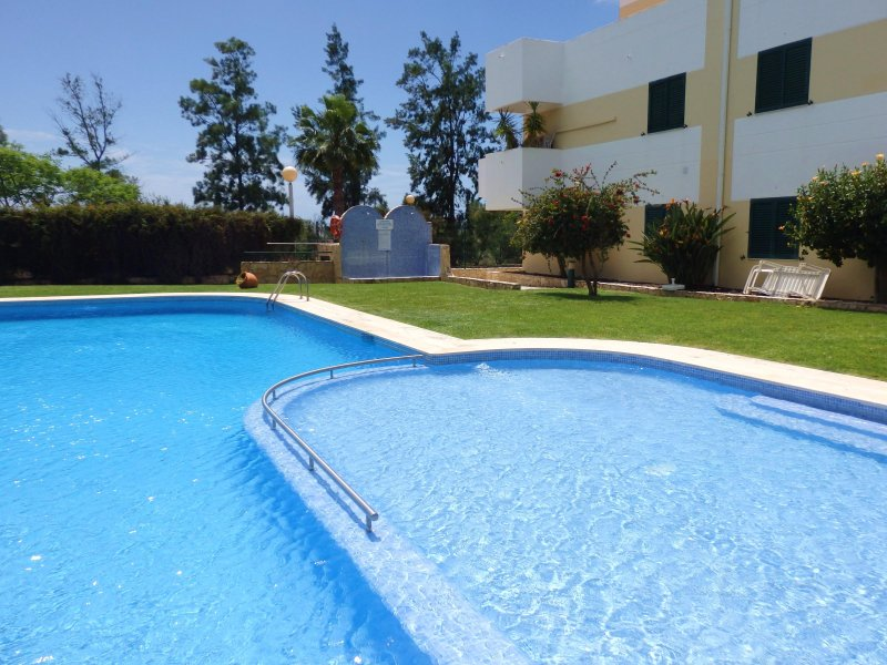 Nautilus holiday rental in Cabanas  licensed apartment   Free wifi, vacation rental in Tavira