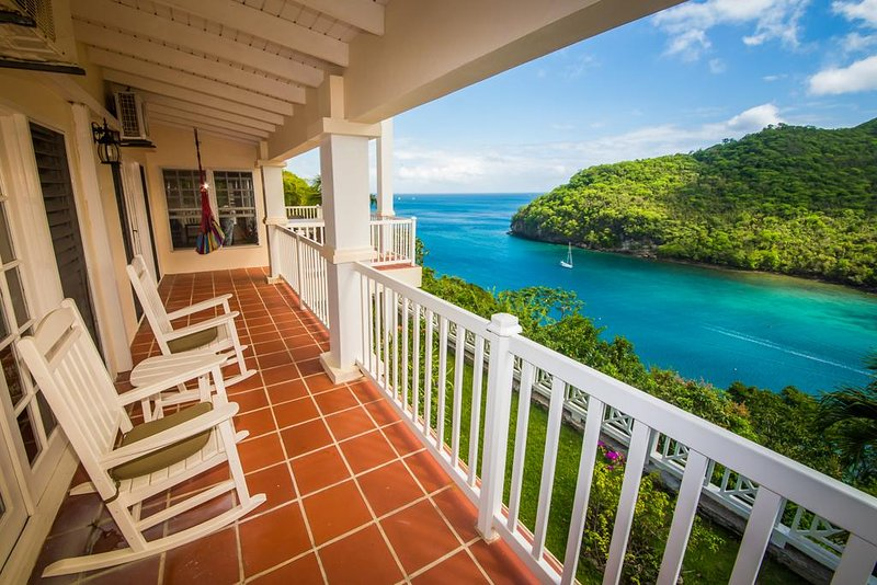 The Great House Overlooking the Entire Marigot Bay, aluguéis de temporada em Marigot Bay