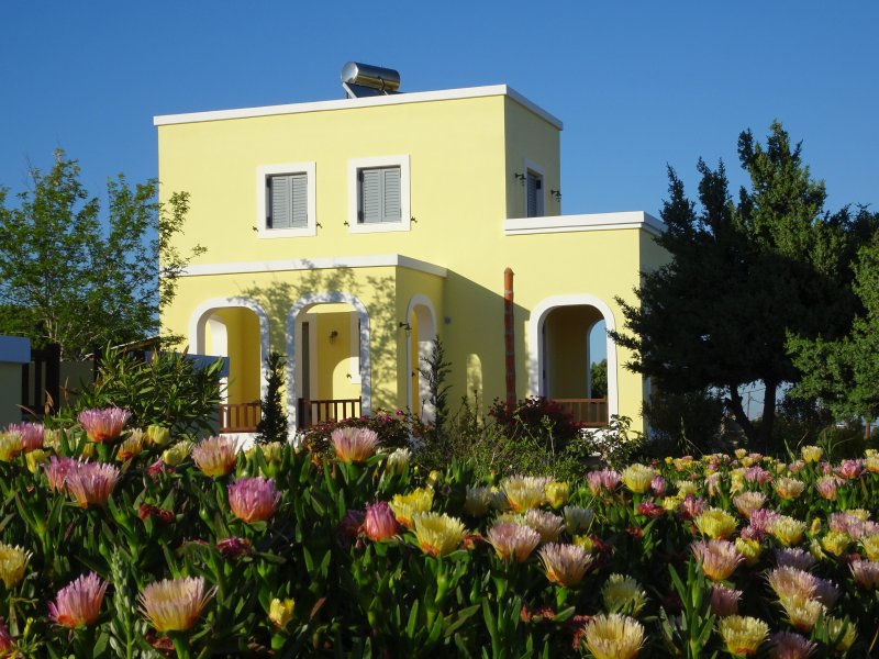 PLATANOS - Modern meets Tradition, holiday rental in Mandraki