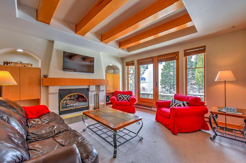 Ski-In/Ski-Out Solitude Mountain Resort Condo!, vacation rental in Brighton
