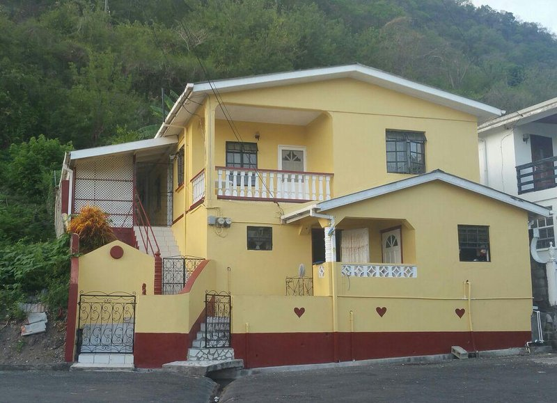 St Lucia A1 Vacations, Ferienwohnung in Soufrière