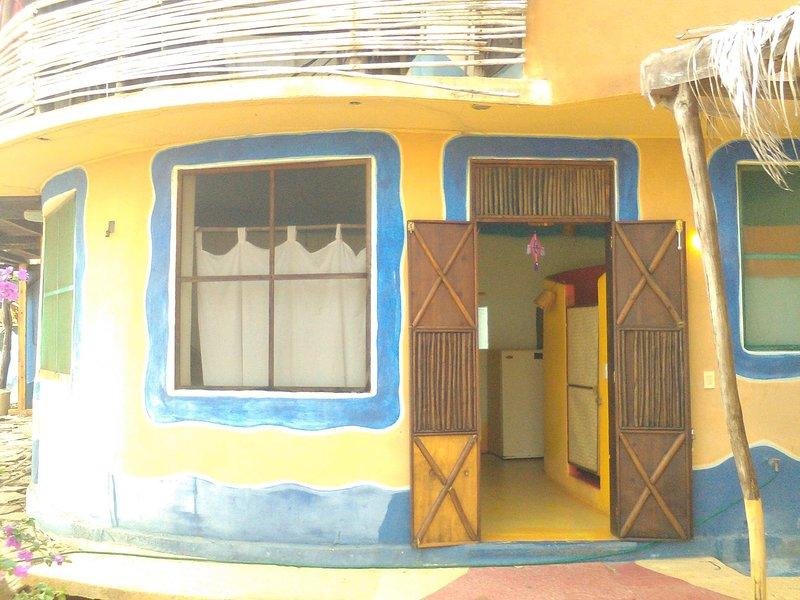 Casa de las Estrellas-bungalow San Agustinillo, vacation rental in Puerto Angel