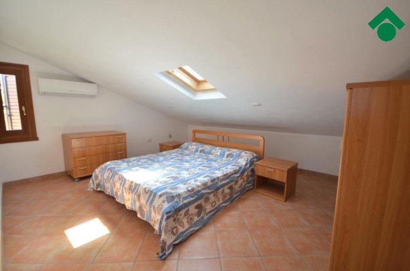 Habitación con cama doble 1