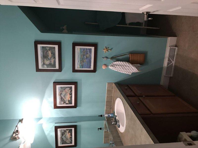 Bathroom %352