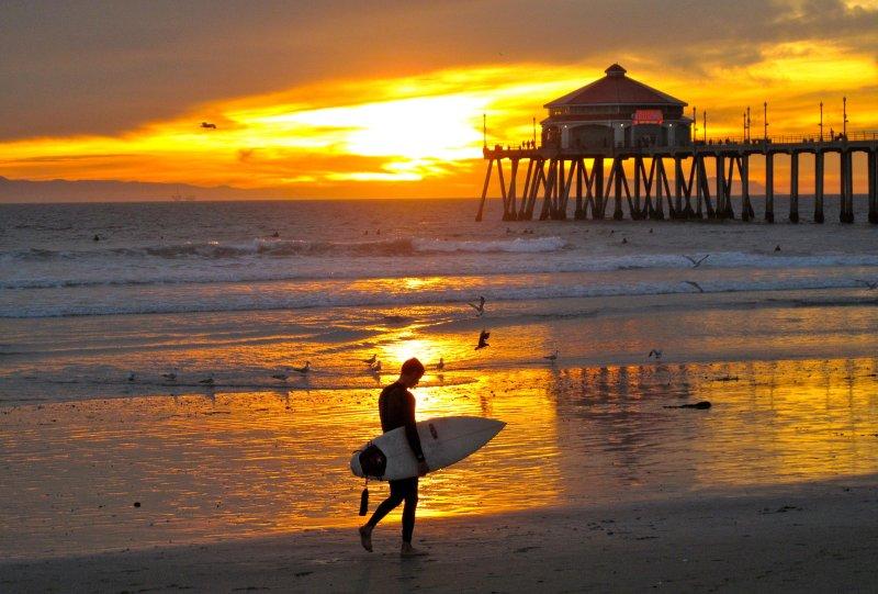 Disfrutar de surf en las playas de California Malibu