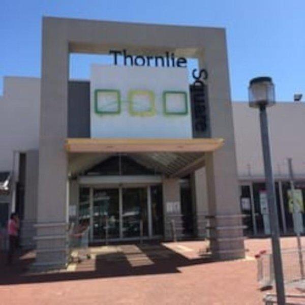 centro comercial local para su tienda de comestibles
