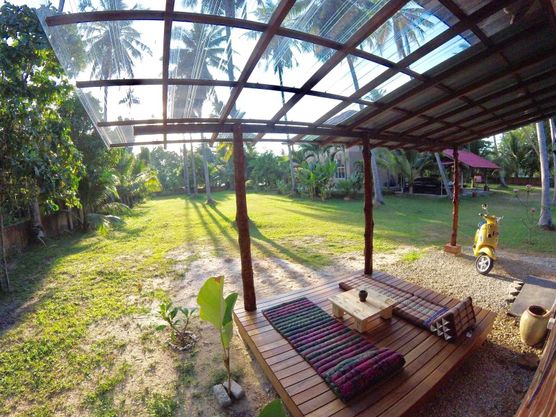 Home Stay Eagleye Cottage, vacation rental in Ayer Hangat