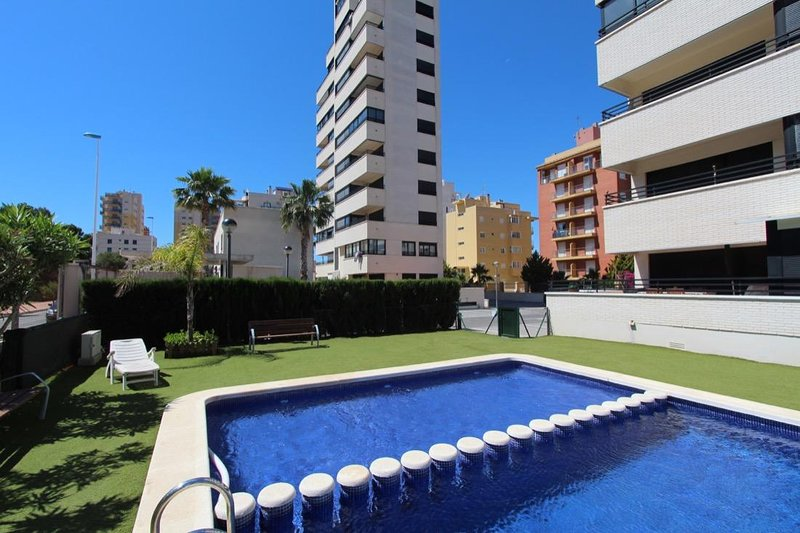 Best apartment for relax with family, aluguéis de temporada em Guardamar del Segura