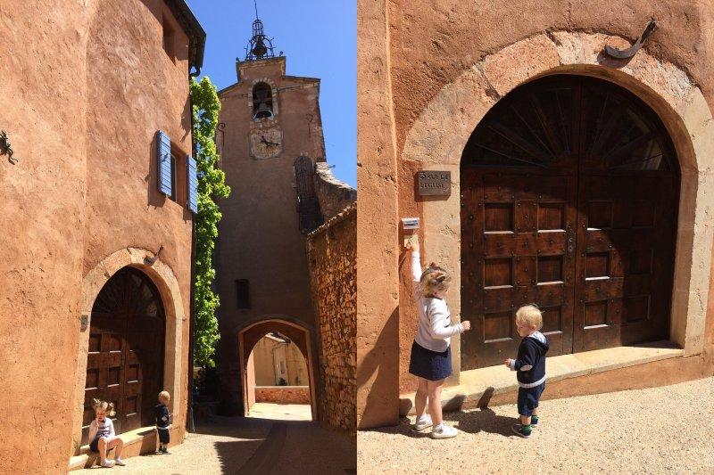 Extérieur de la maison et la porte d'entrée
