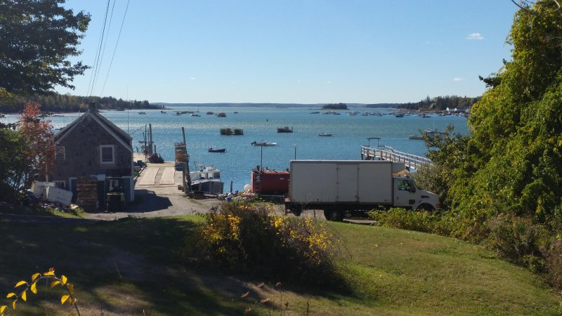 Remarkable Four Gable House Overlooking Friendship Harbor, holiday rental in Friendship