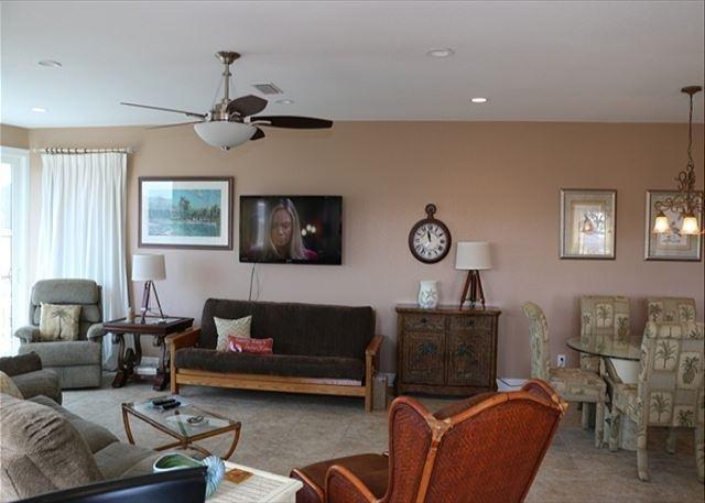 Boat House Living room