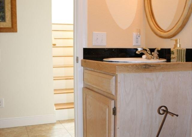 Guest bathroom with hall entrance