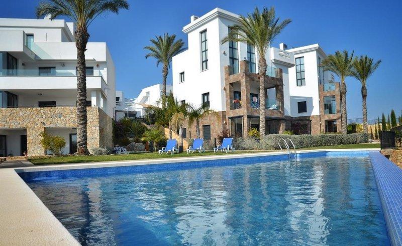 2 Bed Apt / A/C / Wi-Fi / Ground Floor / Las Ramblas Golf Course #213, location de vacances à Dehesa de Campoamor