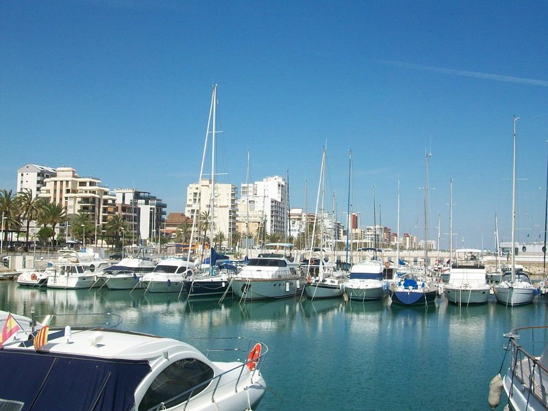 INFORMATIONAL GANDIA BEACH PHOTOS - NO VIEWS FROM THE ACCOMMODATION