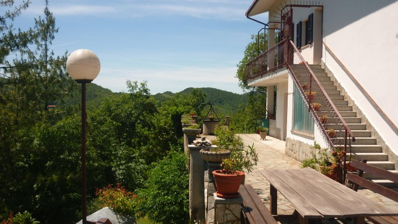 La Gallina Bianca, apartment for 7 pers., Privacy and stunning views