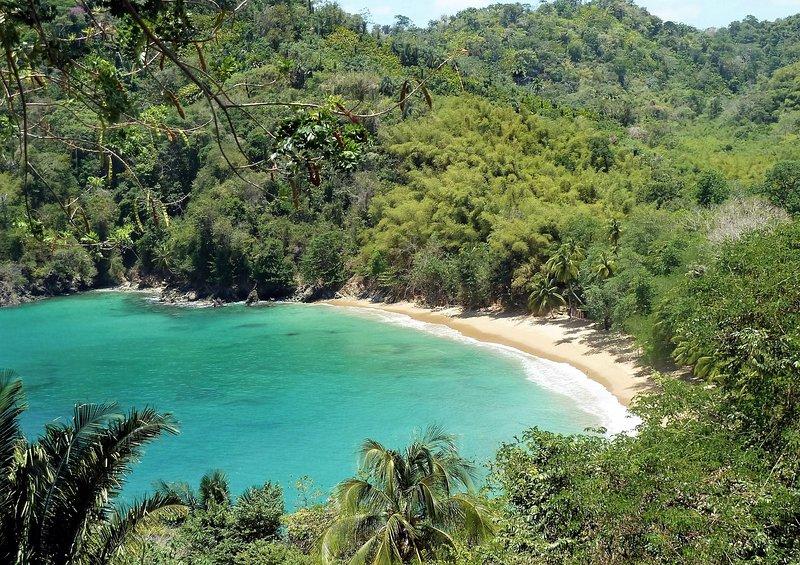 The beautiful Englishman's Bay (45 minute scenic drive from Mahogany)