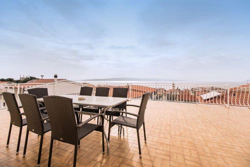 Apartment No.2 (6+2), casa vacanza a Baska Voda