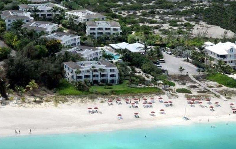 We zijn op de begane grond van Gebouw 1 bij Royal West Indies Resort direct aan het strand