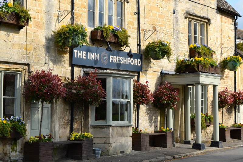 Fabulous local pub with a large sunny garden and delicious food