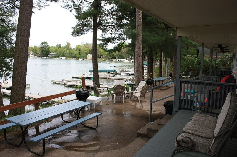 Lakefront Cottage on Waupaca Chain O'Lakes #4, holiday rental in Amherst