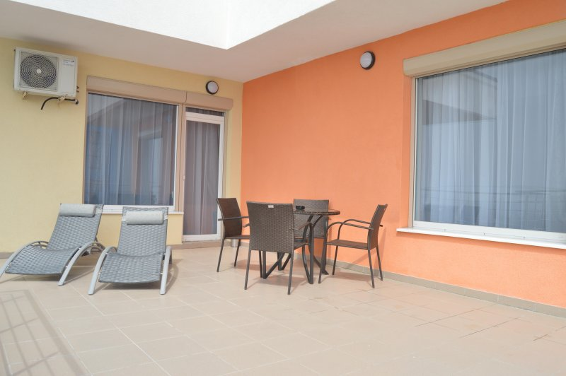 Luxury Apartment - PANORAMA, holiday rental in Mamaia