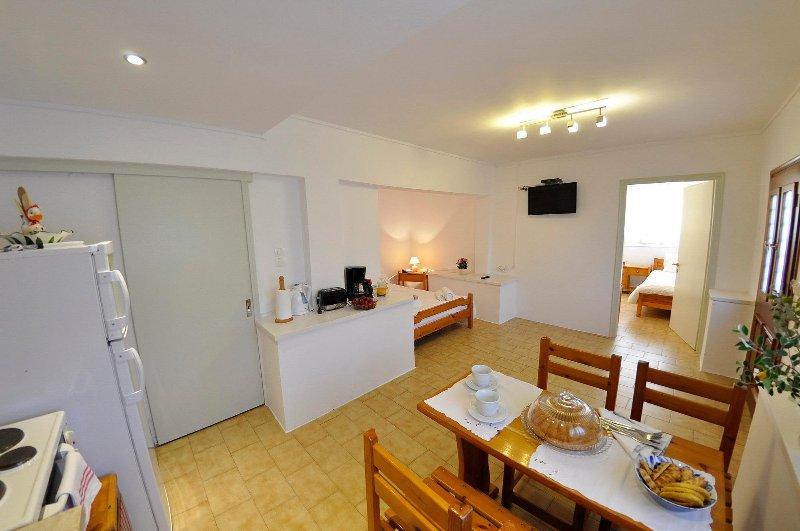 Villa Ava,apatrment 2, holiday rental in Agios Gordios