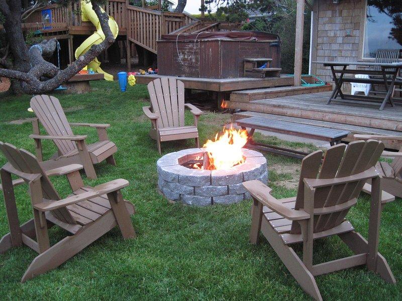 Fire Pit w/Adirondack Chairs