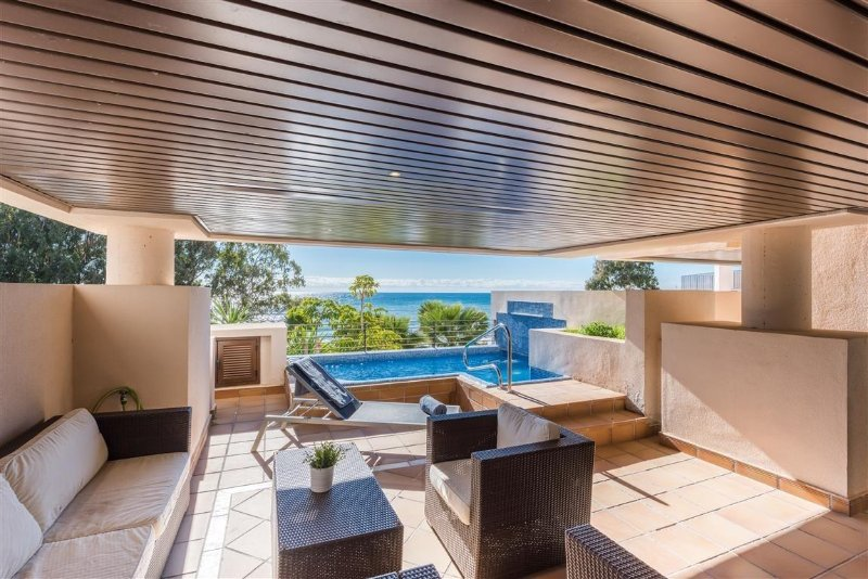 Enjoy your own private terrace with a pool and sun all day.