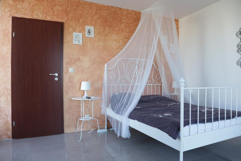 Apartments 53 in Sofia with Mountain View, vacation rental in Vladaya