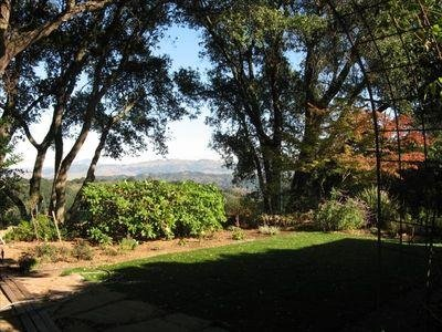 Surrounded by the Park Yet Close to Everything! Views from all windows!, location de vacances à Oakland
