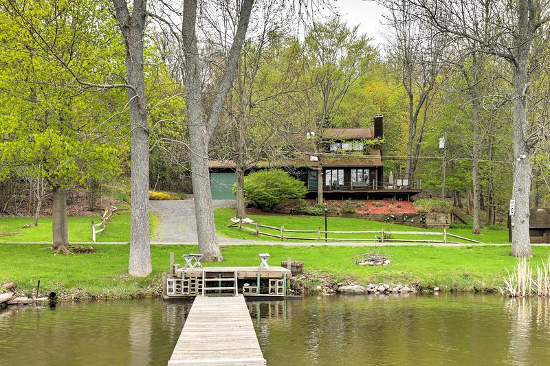Enjoy a lakeside retreat at this 3-BR, 2-bath Wolcott vacation rental house.