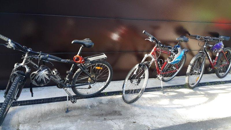 3 vélos gratuits pour les clients