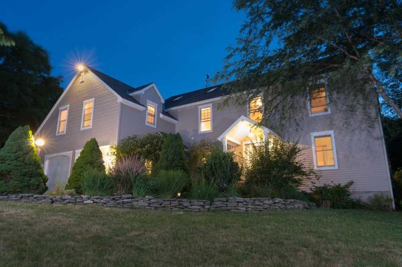 Strawberry Villa - extra-large, elegant and private in Bar Harbor, holiday rental in Mount Desert Island