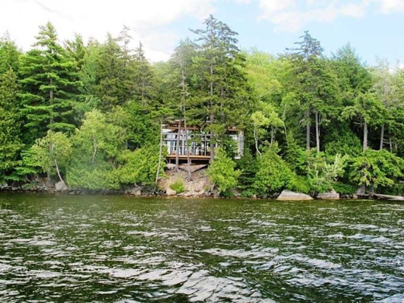Camp Shulman - elegant new cottage on Long Pond, holiday rental in Mount Desert Island