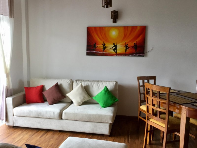 Skylight Apartment -Brand new Apartment, holiday rental in Ramboda