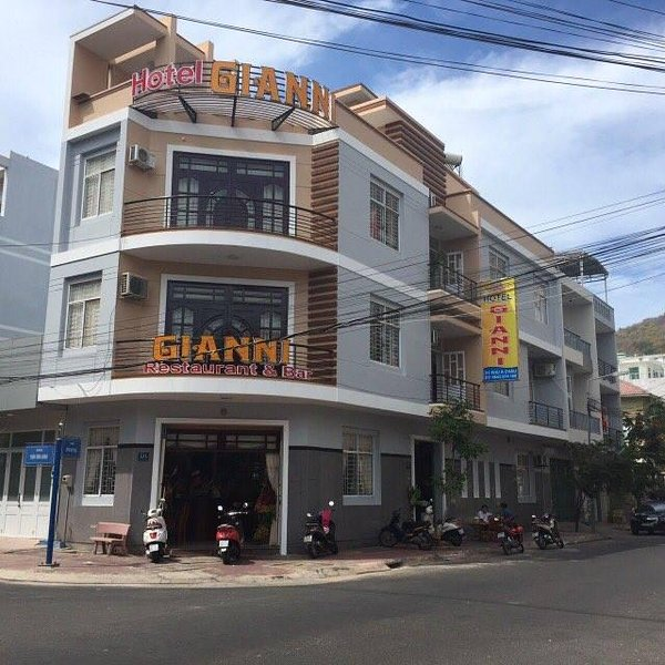 Gianni Hotel Good Hotel, Good Services, Good prices, Have bar and restaurant., Ferienwohnung in Vung Tau