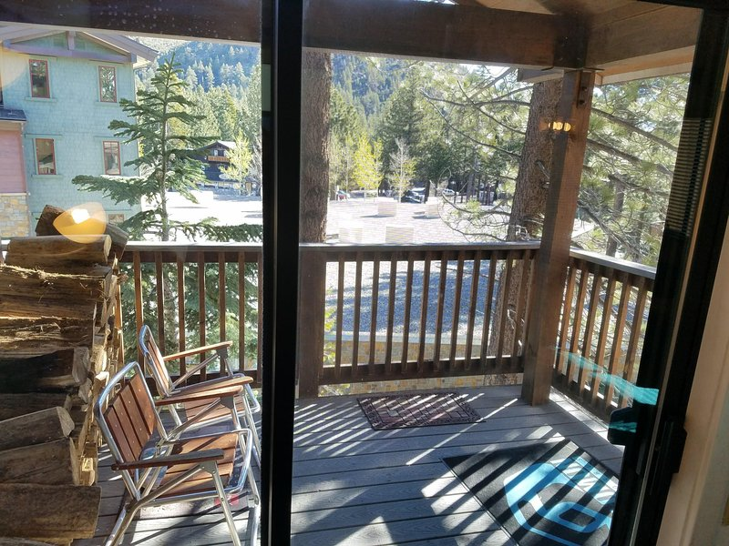 Main Floor Outside Deck w/View of The Village & Canyon Lodge Gondola w/Mammoth Mtn. Brew Co. in back
