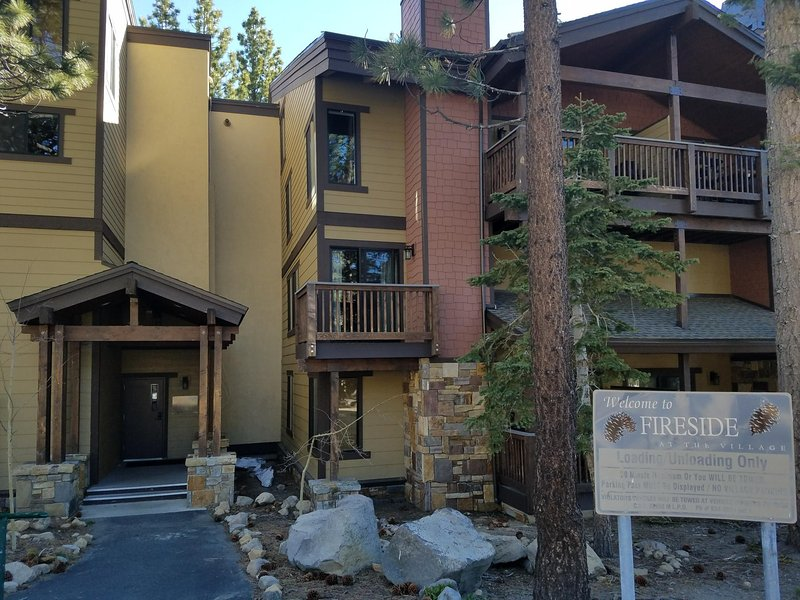 Canyon Blvd. Entrance w/Unloading Zone, Heated Parking Garage, steps to The Village Canyon Gondola
