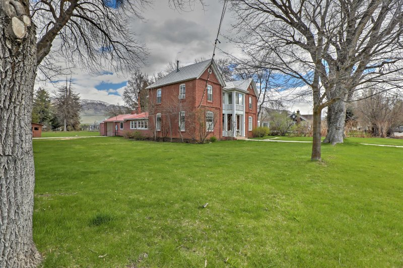 Book this historic home for the ultimate Utah getaway!