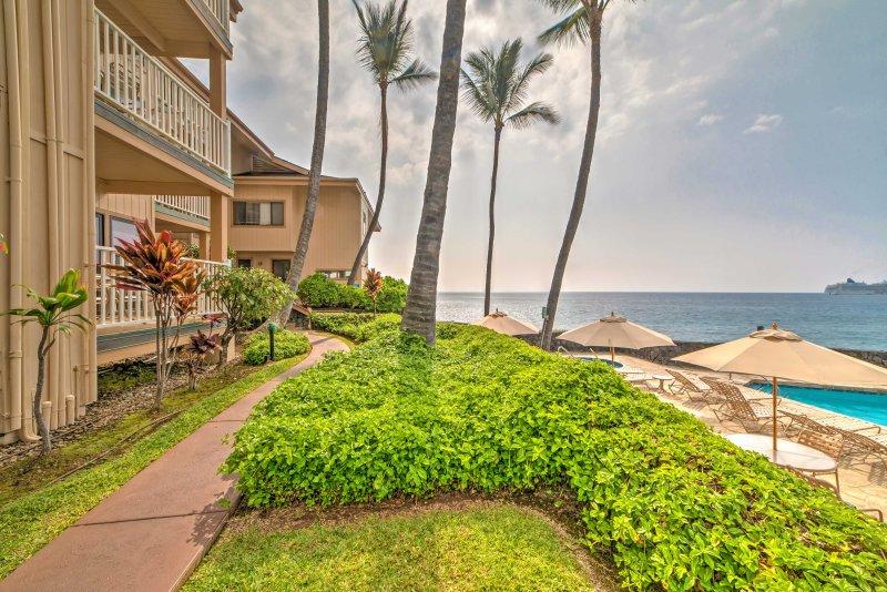 Viajar para o paraíso quando você ficar neste condomínio de férias em Kailua-Kona !.