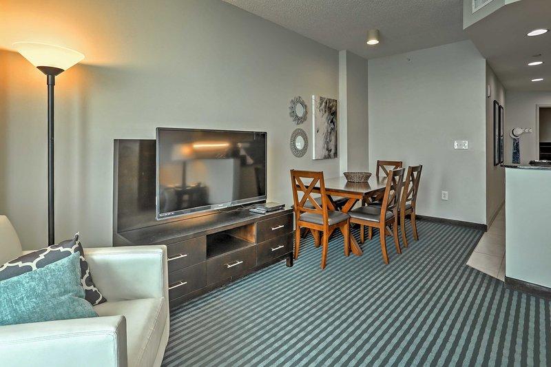 Das Haus verfügt über 3 Flachbild-Kabel-TV mit BlueRay DVD-Player und WLAN-Internetzugang für Ihren Komfort und Unterhaltung.