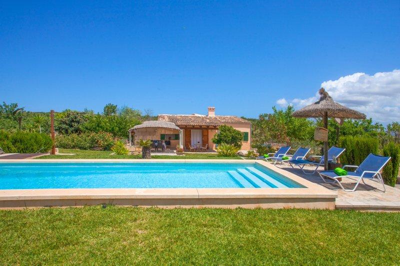 BARRANC DE SON FULLÓS - Villa for 5 people in SANTA MARGALIDA, Ferienwohnung in Santa Margalida