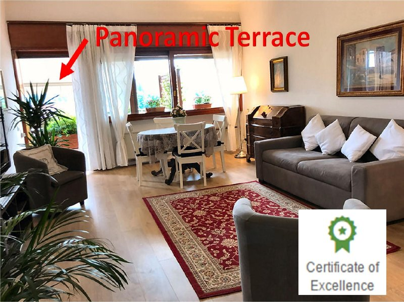 Large living romm with panoramic terrace