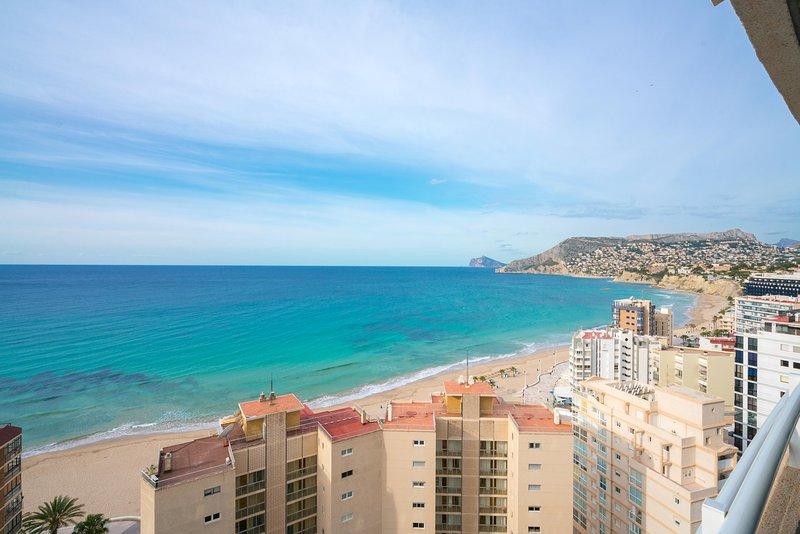 Apartamento con vistas al mar, location de vacances à Calpe