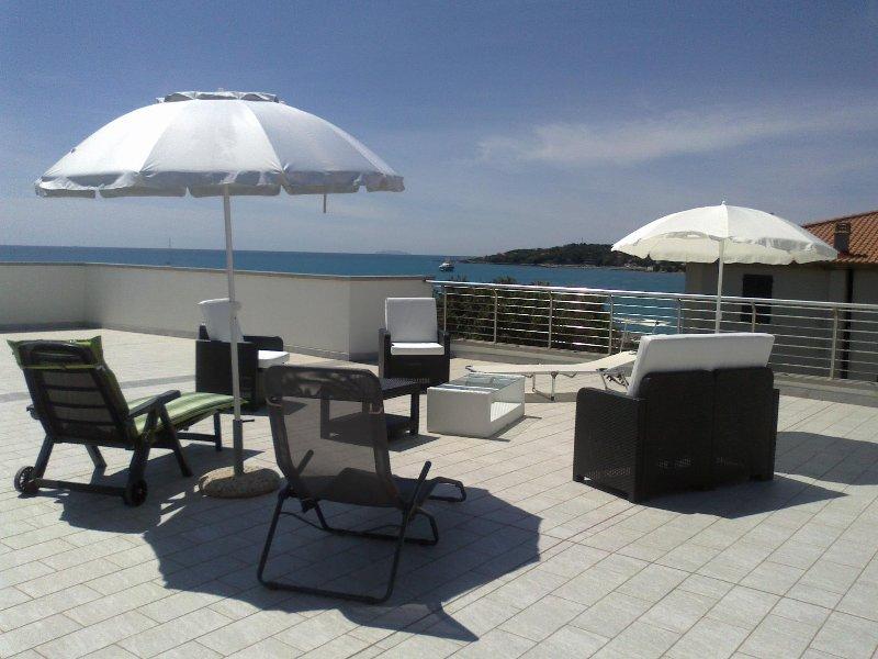 Panoramic terrace overlooking the gulf