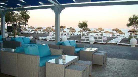 Seaside Comfort Apartment with Pool (D2), location de vacances à Vlychada