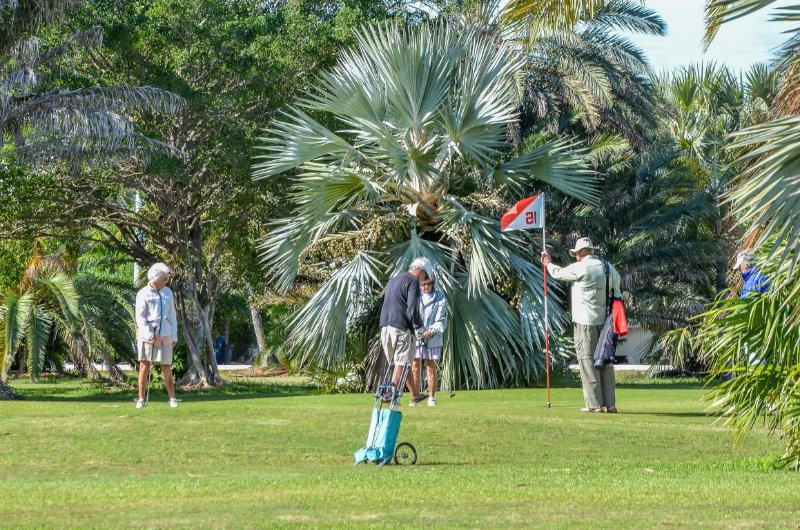 Key Colony Beach Par 3 Golf.  Come anytime. No Tee Times