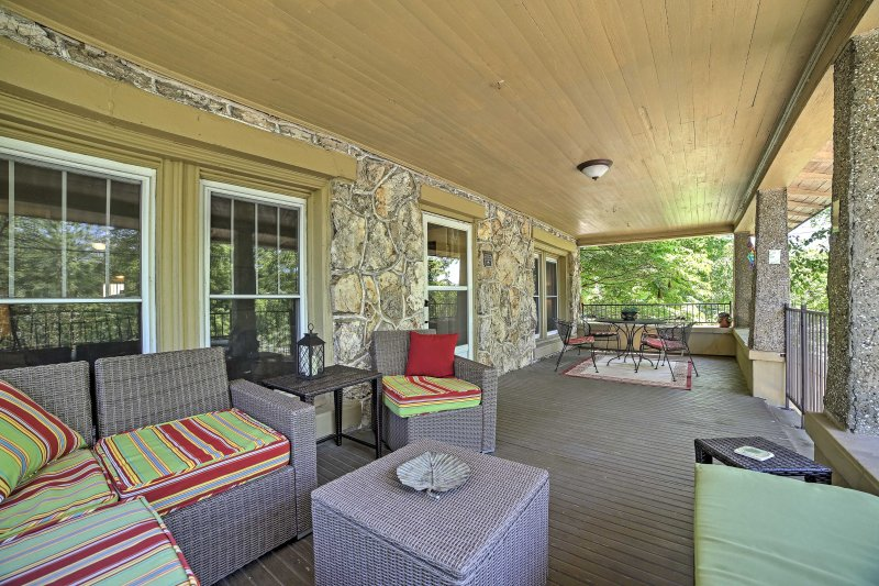 From the large porch, experience both tranquil river views and the activity of the town's Main Street!