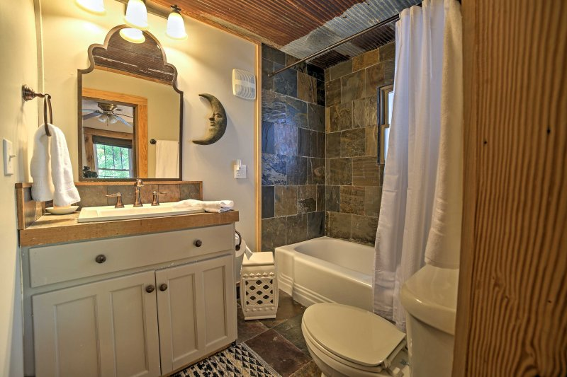 En suite master bathroom for your comfort and convenience.
